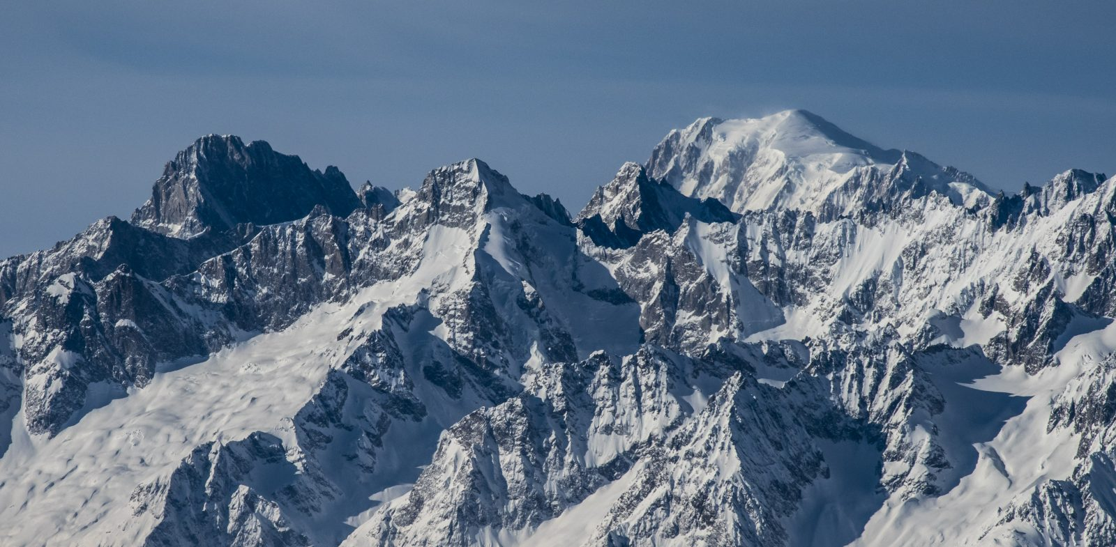 Everest - presented in a chain of mountains